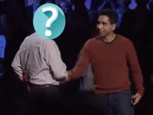 Salman Khan e a figura misteriosa que está ajudando a tornar a Academia Khan um sucesso mundial